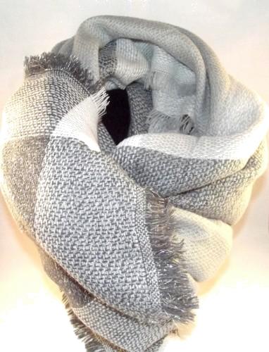 chusta biało-szara