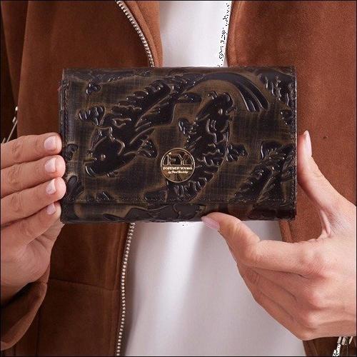 Skórzany portfel damski czarno - złoty forever young 76112 - czarny ze złotym